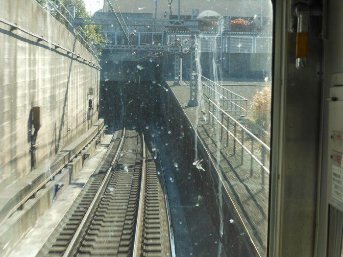 東横線に目黒線が合流してくる