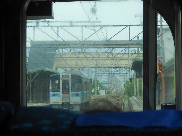 のどかな壬生川駅構内