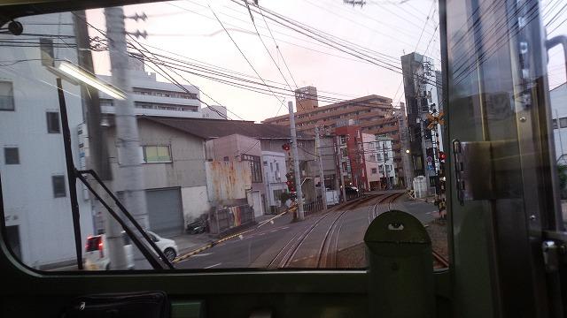 松山市街を行く伊予鉄
