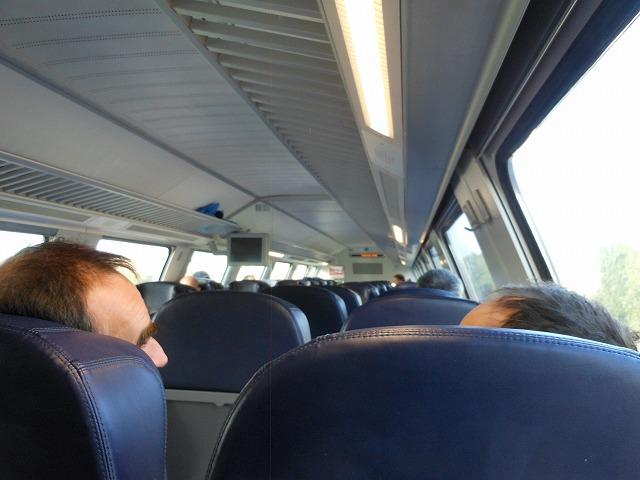 ベルリン近郊列車REの車内(2F)