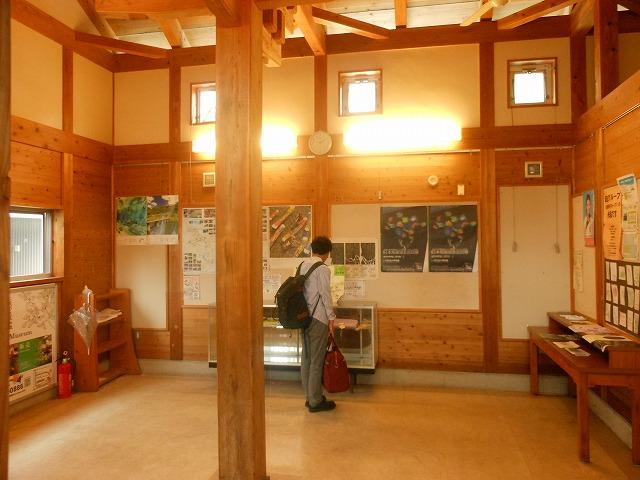 終点の駅舎