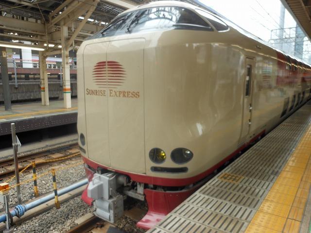 東京に到着したサンライズ号
