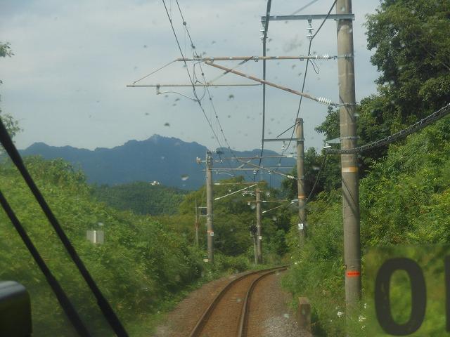 亀山に近づいてものどか