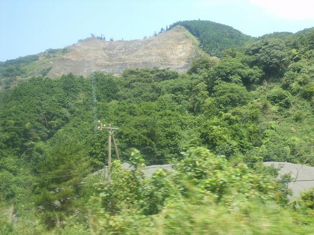 関西線:山奥にも産業がある