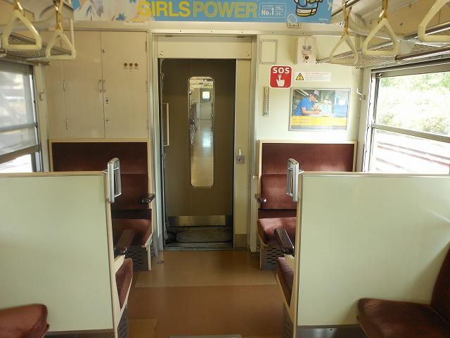 モハ112-5701のボックスシート