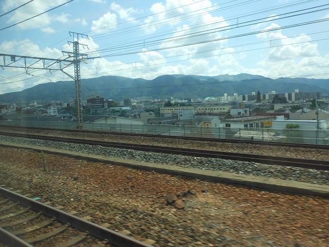 サンダーバードの車窓:京都の街並
