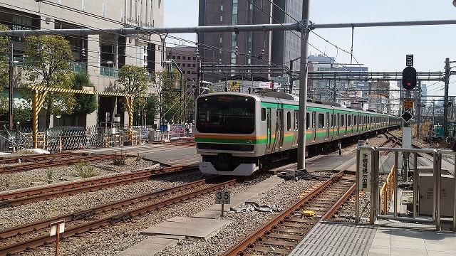 新宿に進入する湘南新宿ライン