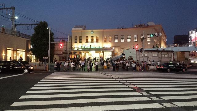 夕刻の上野駅