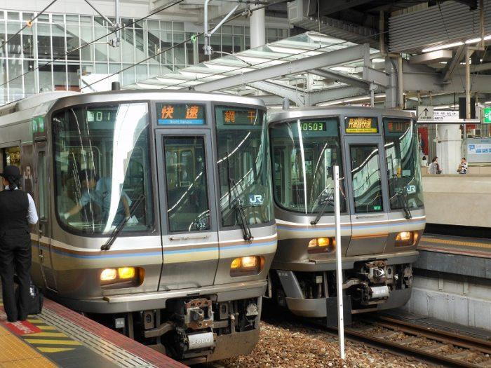 宝塚線の快速(大阪停車中)