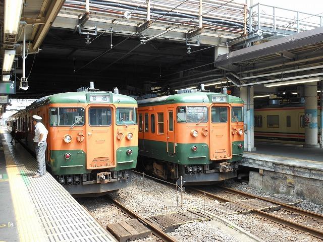 高崎で並ぶ115系