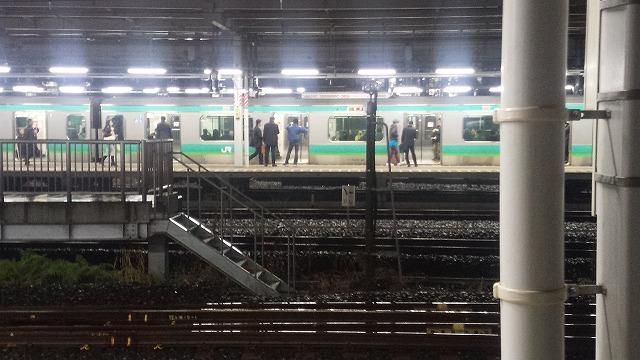18:02ごろの常磐線(発車6分前)