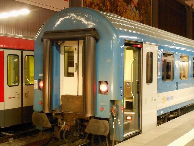 ミュンヘンに佇む夜行列車