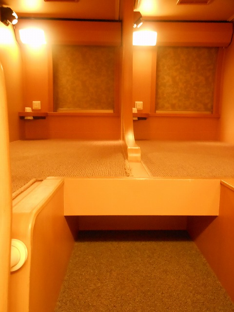 サンライズ号のノビノビ座席