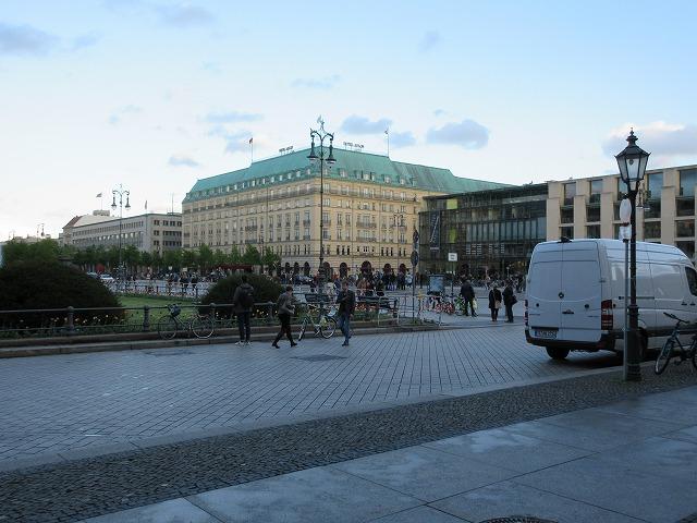 美しいパリ広場