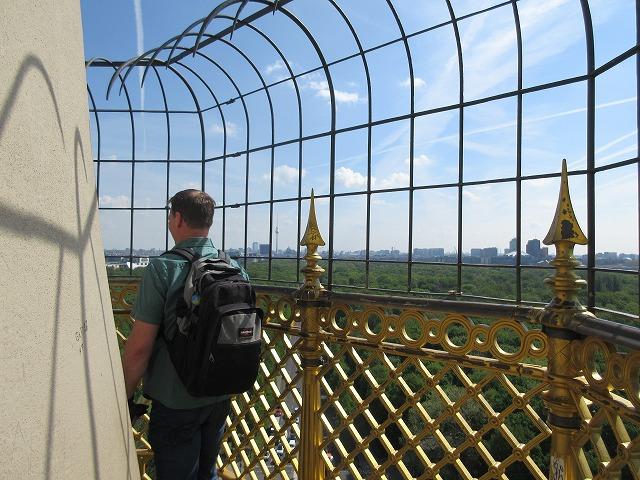 戦勝記念塔の頂上