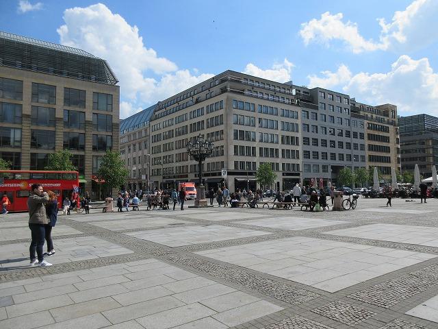 ジャンダルメンマルクトの美しい広場