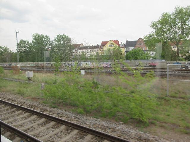 ヴェストクロイツ駅周辺の複雑な線路配置