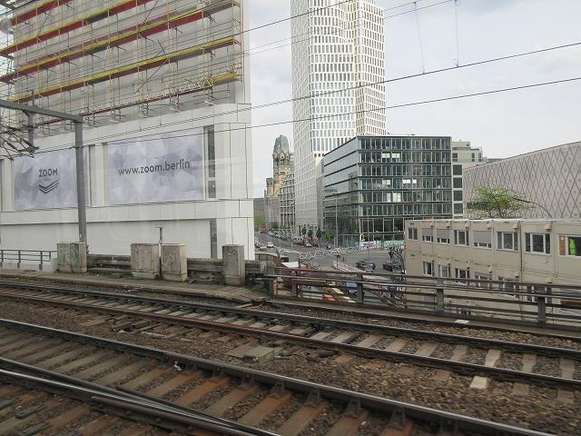 ベルリン動物園駅付近の繁華街