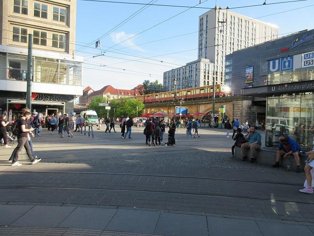 アレクサンダー広場とSバーン
