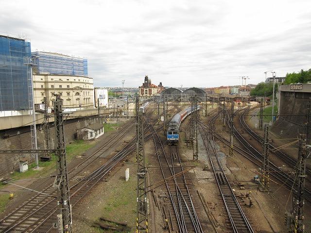 プラハ本駅全景