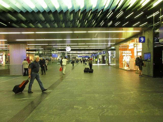 ウィーン中央駅構内