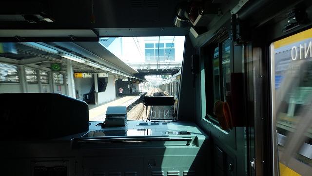 南武線快速:西府を通過