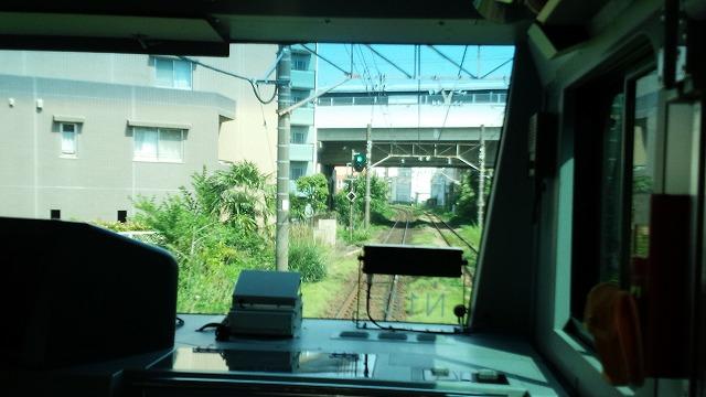 南武線快速:稲田堤に到着
