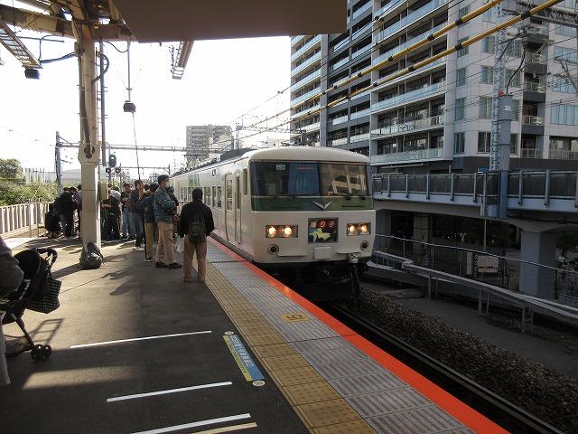 2018.11.3 武蔵小杉に進入する185系