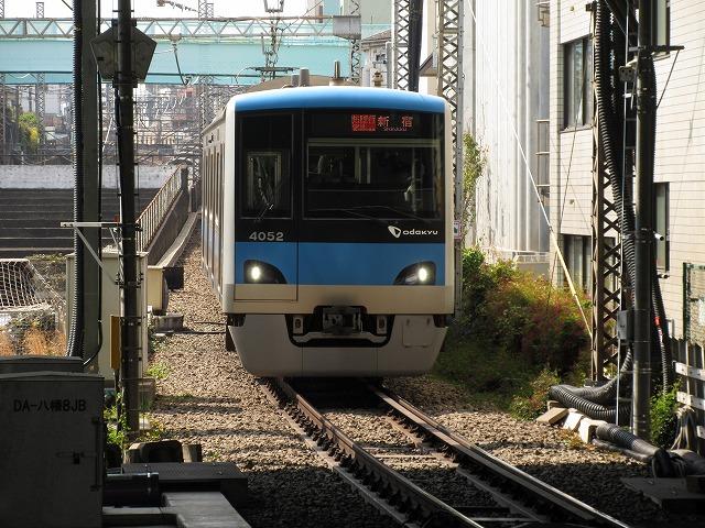 小田急4000形(代々木八幡)
