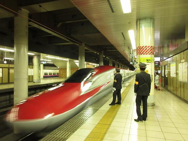 E6系の先頭(上野)