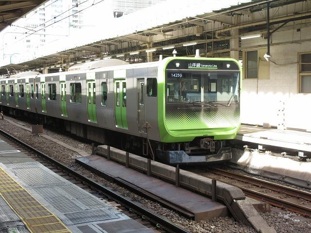 山手線E235系(東京)