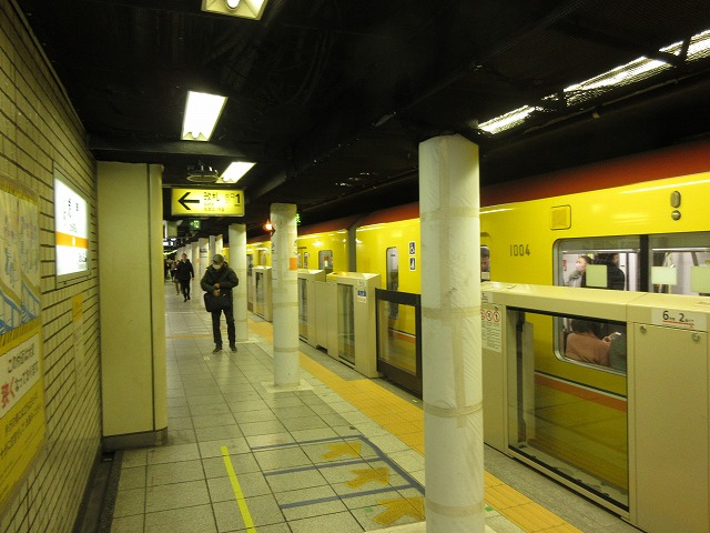 銀座線1000系(虎ノ門)