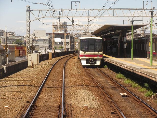 京王8000系(八幡山)