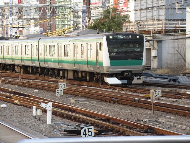埼京線E233系(新宿)