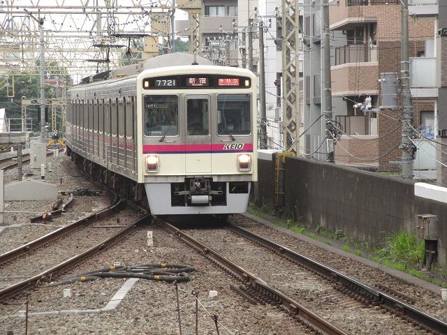 京王7000系準特急(笹塚)