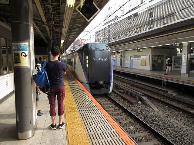 E353系あずさ(新宿)