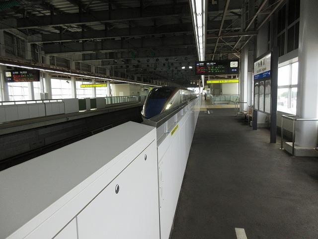 E7系/W7系の入線(糸魚川)