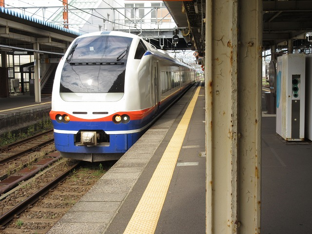 E653系しらゆき(直江津)