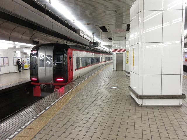 名鉄2200系(名鉄名古屋)