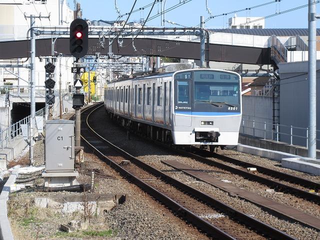相鉄8000系(西谷)