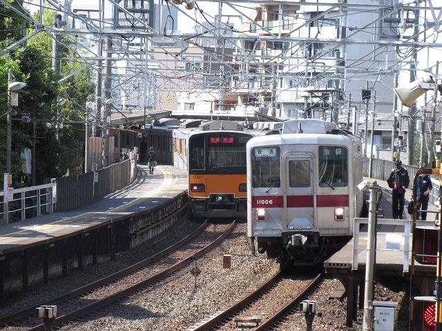 東武10000系と50000系(下板橋)